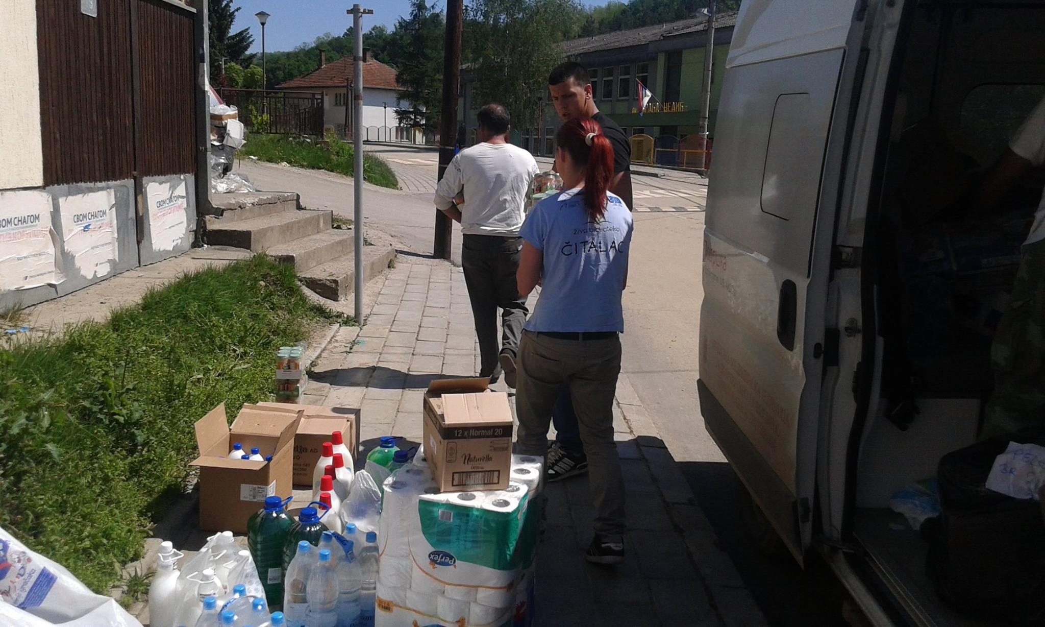 pomoc_poplavljenima_06